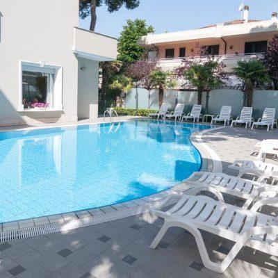 adriatica_piscina